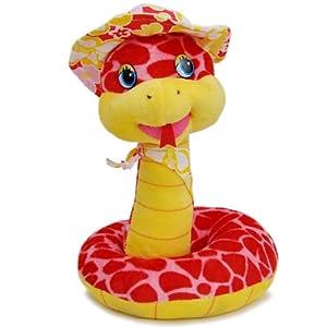 做工精致;卡通小蛇戴着小花帽和围巾的样子超萌可爱,送人作蛇年的礼物