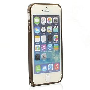 内衬全包边设计,避免刮花手机,保证边框与手机完美贴合;底部高出
